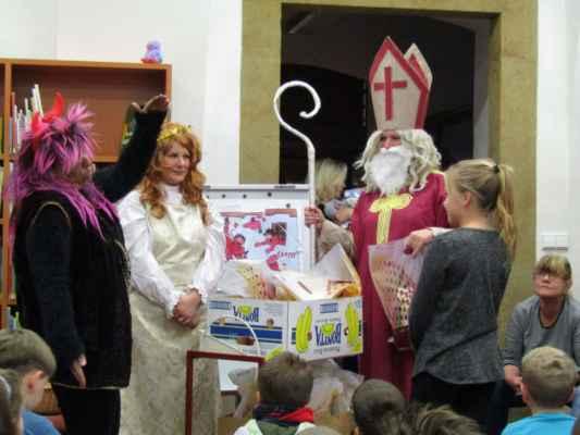 30. listopadu - Mikuláš,čert a anděl - Den pro dětskou knihu -Těšíme se na Vánoce