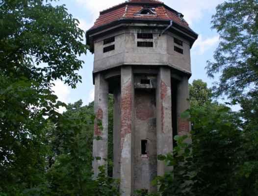 Hlučín - vodárenská věž a vodojem