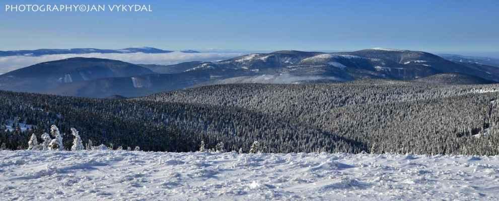 Králický Sněžník (1424 m n. m.) - Krkonoše (Sněžka 1603 m n. m.) - Vozka (1337 m n. m.) - Keprník (1423 m n. m.)