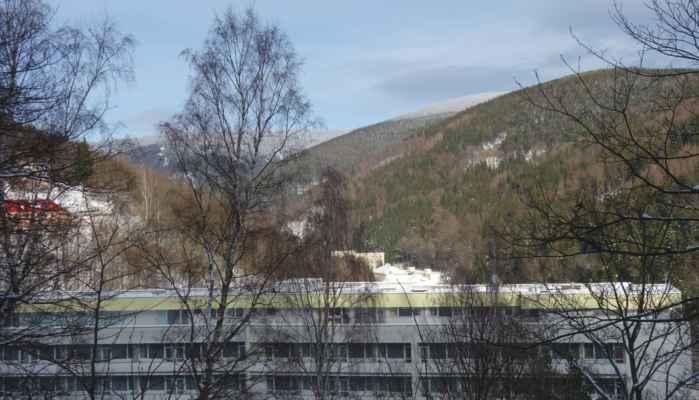 Výhled do údolí ke Klínovci.