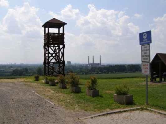 01 - Ostrava - Hošťálkovice - vyhlídková věž 03 - areál u věže
