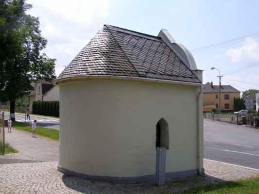 03 - Hlučín - kaple Panny Marie 07 - zadní pohled
