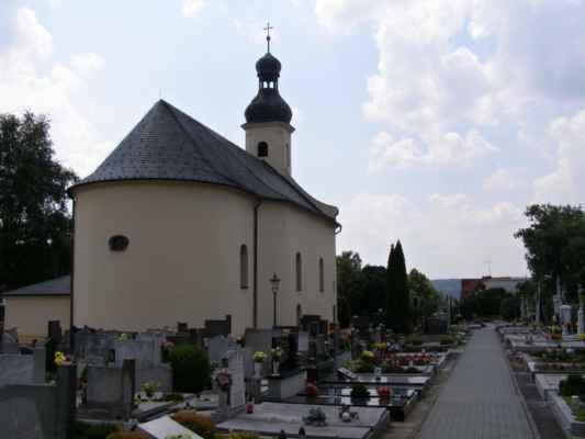 07 - Hlučín - kostel sv. Markéty 06 - kostel a hřbitov