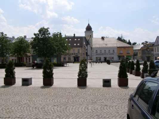 10 - Hlučín - Mírové náměstí 04 - střed náměstí