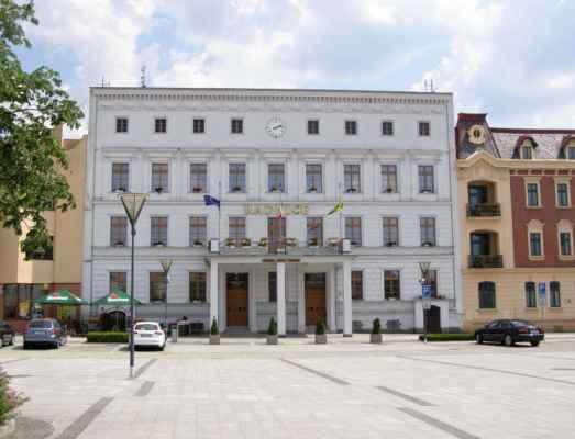 10 - Hlučín - Mírové náměstí 12 - radnice