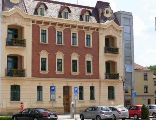 10 - Hlučín - Mírové náměstí 13 - dům vedle radnice