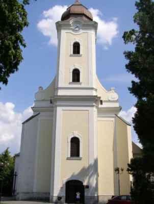 11 - Hlučín - kostel sv. Jana Křtitele 02 - čelní pohled