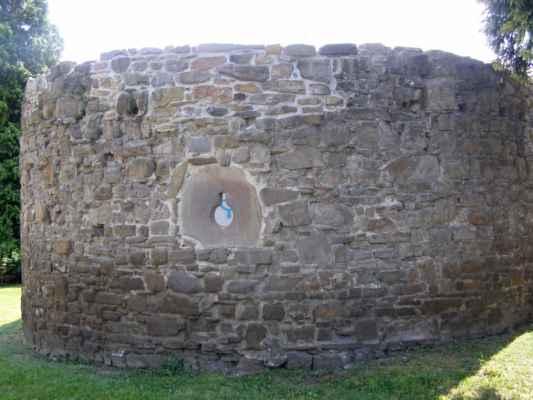 13 - Hlučín - hradby 02 - bašta v ulici na Valech