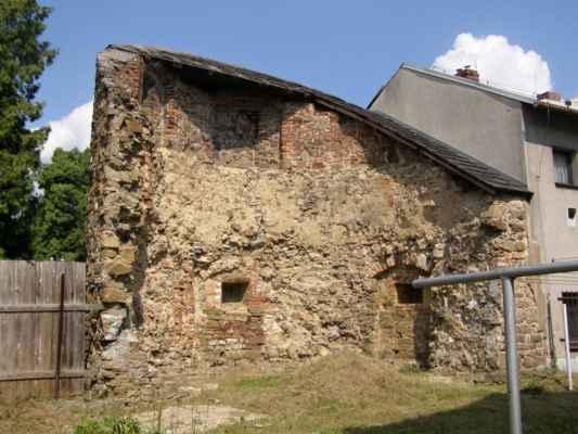 13 - Hlučín - hradby 08 - bašta v ulici na Valech