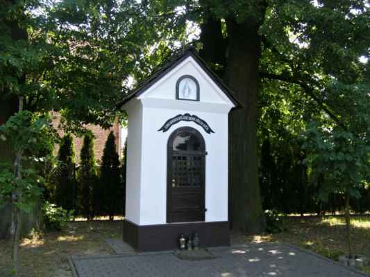 17 - Hlučín - kaple na Vinohradské ulici 01