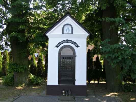 17 - Hlučín - kaple na Vinohradské ulici 02