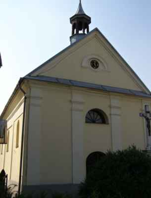20 - Děhylov - Kaple Navštívení Panny Marie 05 - hodiny a věžička