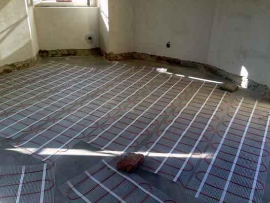 23.07.2020 - Elektrické podlahové topení.