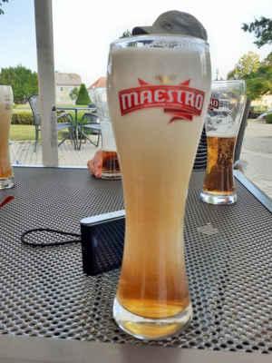 """a to je pivo s """"čepicí""""  (od Jany)"""