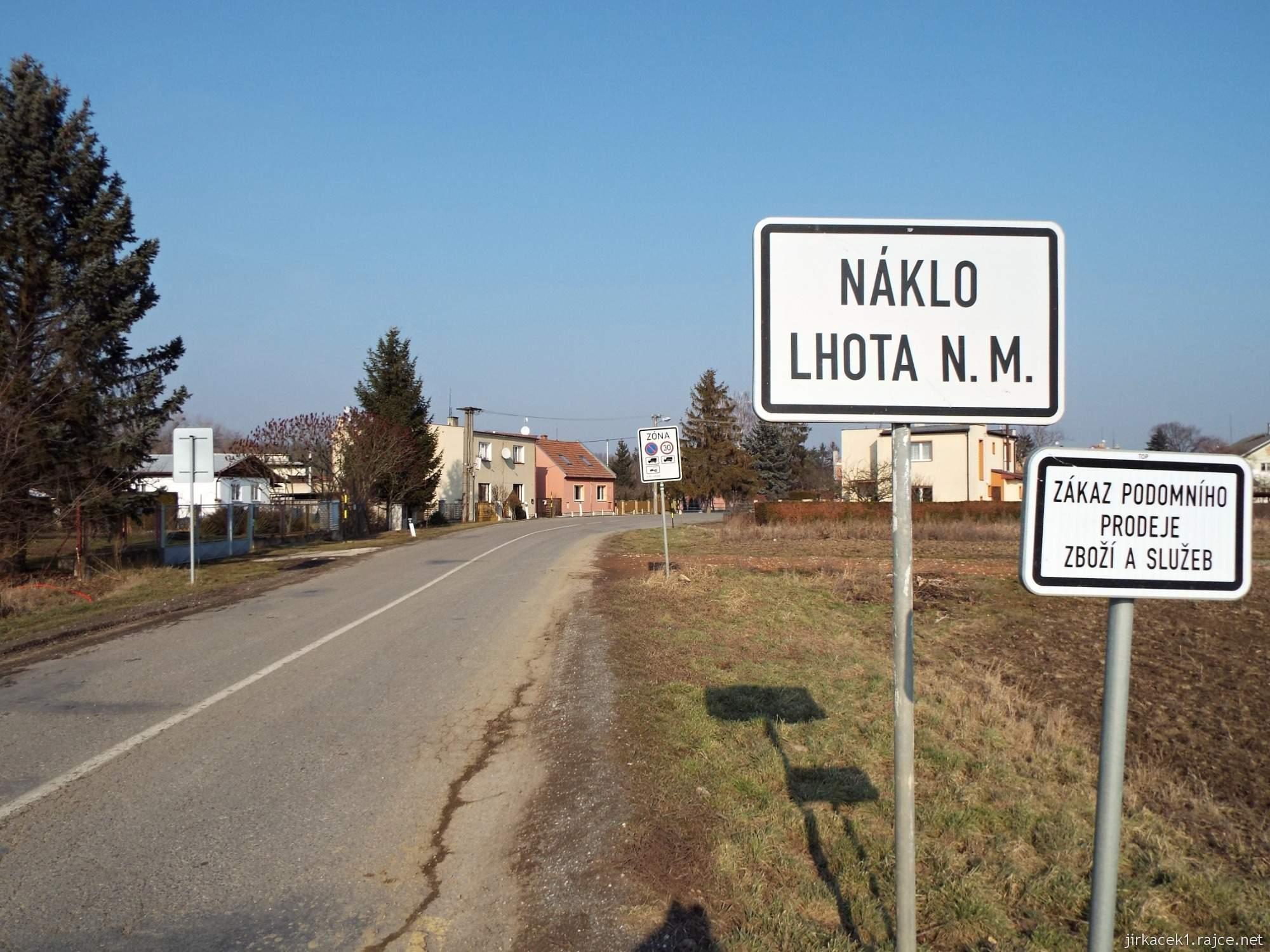 Lhota nad Moravou - začátek obce