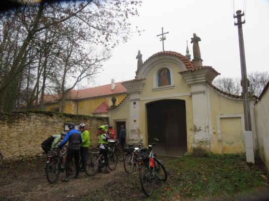 Po kulinářských radovánkách je v Hájku u kláštera Františkánů na řadě kulturní vložka.