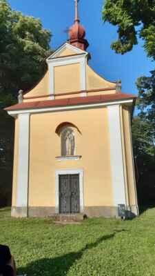 kaple panny Marie - https://mapy.cz/s/lutezunele