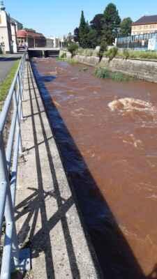 17.7.2021 - červená řeka v Trutnově