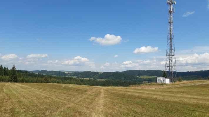 druhý kopec - od vysílače nad Janovicemi